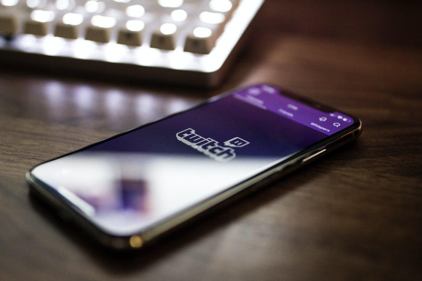 Mit Twitch Geld verdienen – der ultimative Twitch Guide 2021!